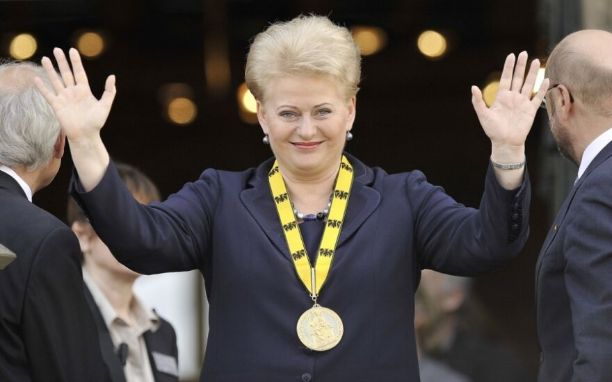 Еврокомиссар : глава Литвы - идеальный кандидат на высшие посты в Европе