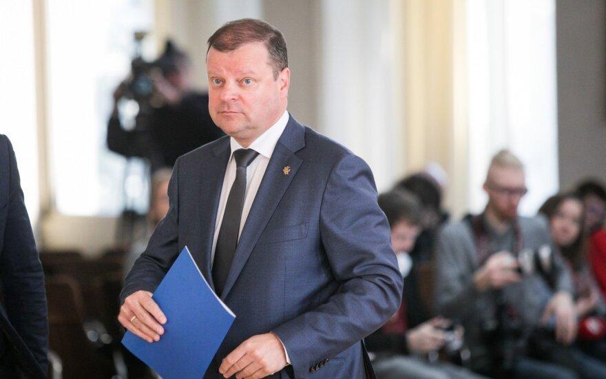 """Премьер Литвы: глава Департамента миграции """"справляется с трудом"""""""