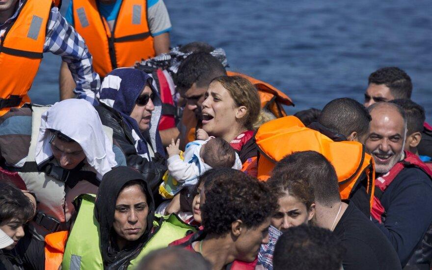Министры ЕС договорились о распределении 120 тысяч мигрантов
