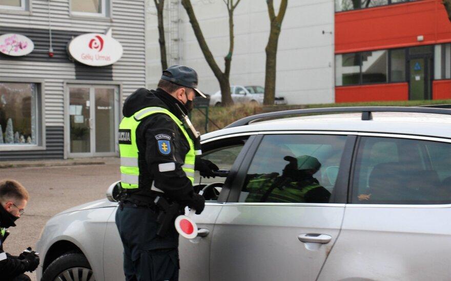 Вильнюс и Каунас закрываются: остановить машину могут и в центре столицы Литвы