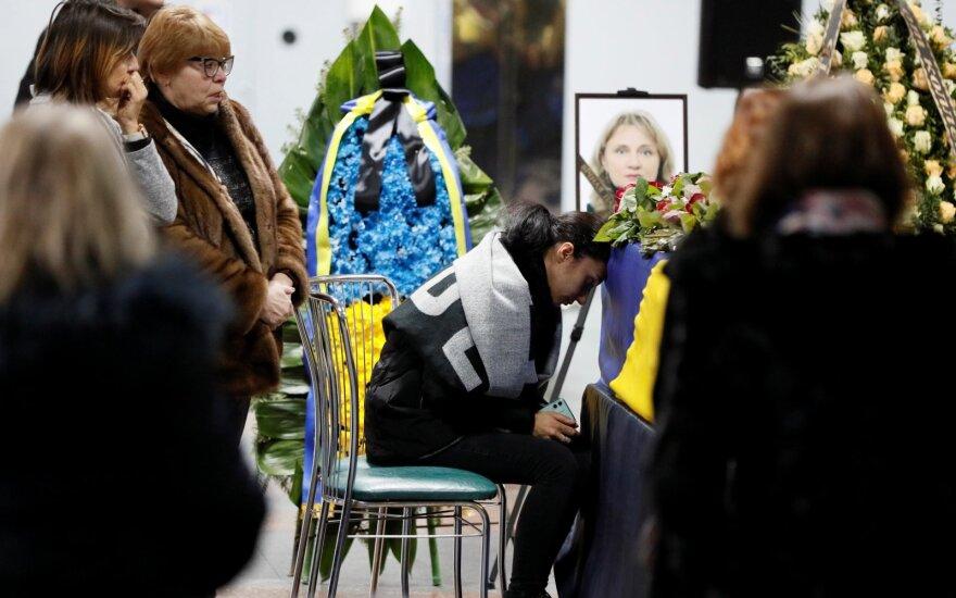 Kijeve atsisveikinama su lėktuvo katastrofos aukomis