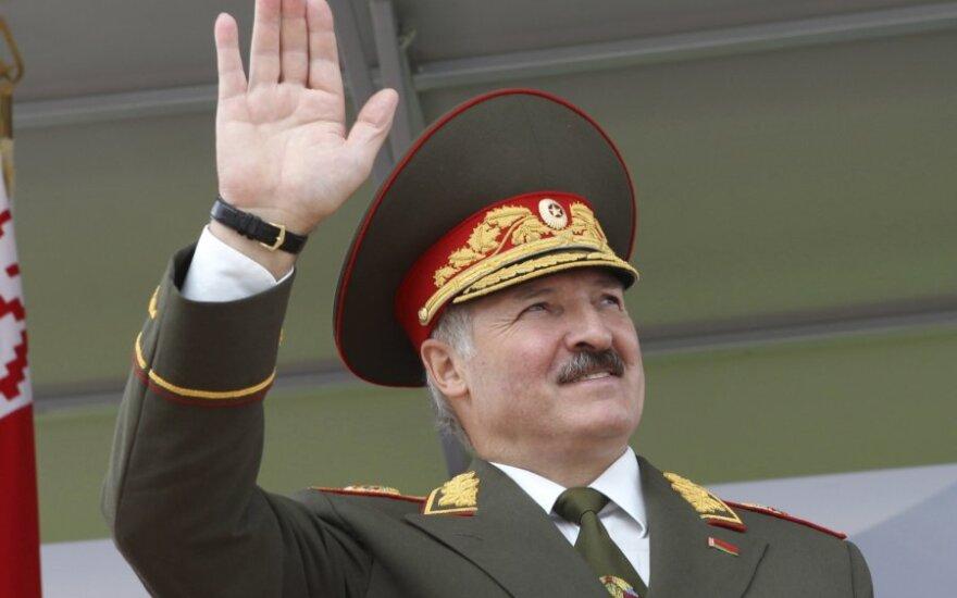 """Лукашенко об учениях """"Запад-2013"""": мы никому не собираемся угрожать"""