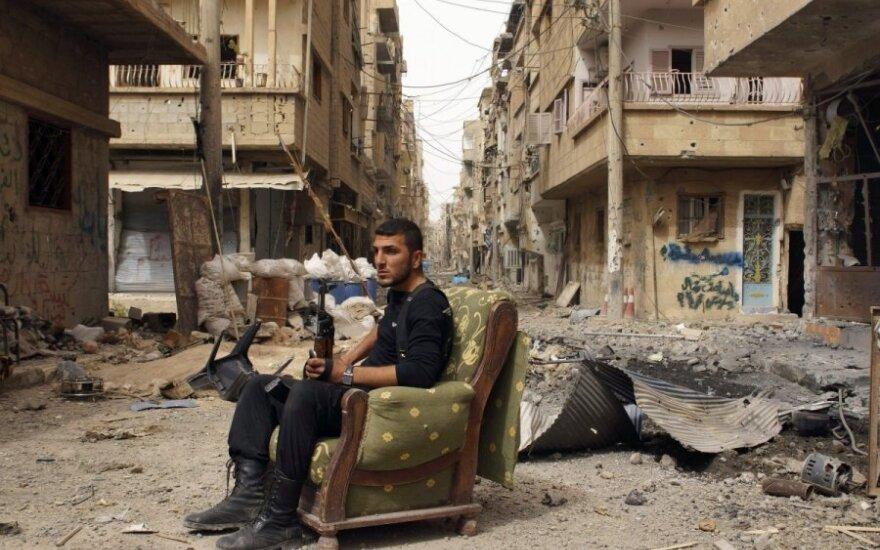Syria: Podczas izraelskiego nalotu na Damaszek zginęło około 300 osób