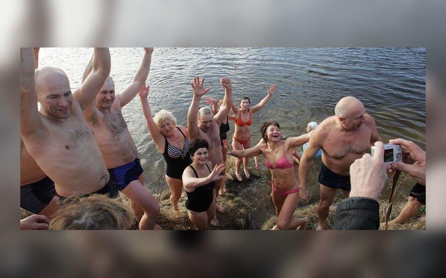 """""""Моржи"""" искупались в Нямунасе"""