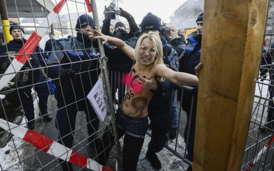 FEMEN объявило об уходе из Украины