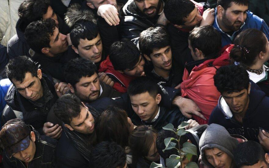 """Берлин опроверг возможность введения """"налога в пользу беженцев"""""""