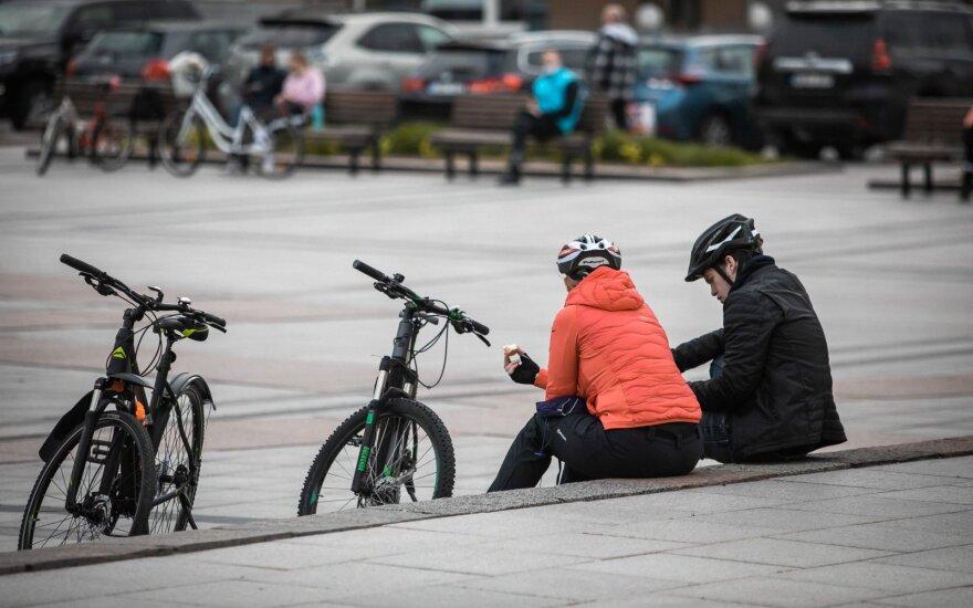Литва после карантина: снизятся зарплаты, потребление будет расти медленно