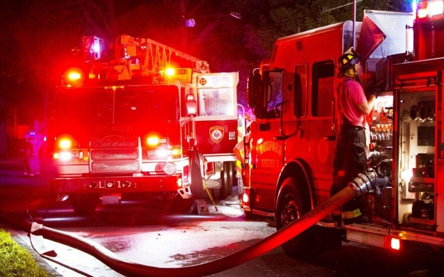 Masačusetso miestuose įtariami dujų sprogimai sukėlė dešimtis gaisrų, esama aukų