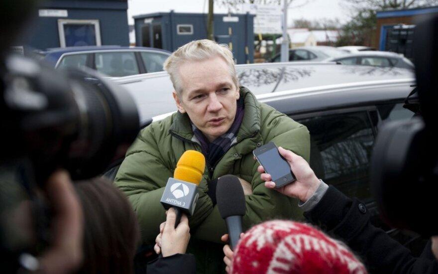 Wielka Brytania: Assange wystąpił o azyl polityczny