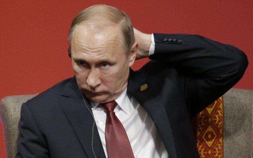"""Литва решила не впускать российских судей, Путин говорит об """"идиотизме"""""""