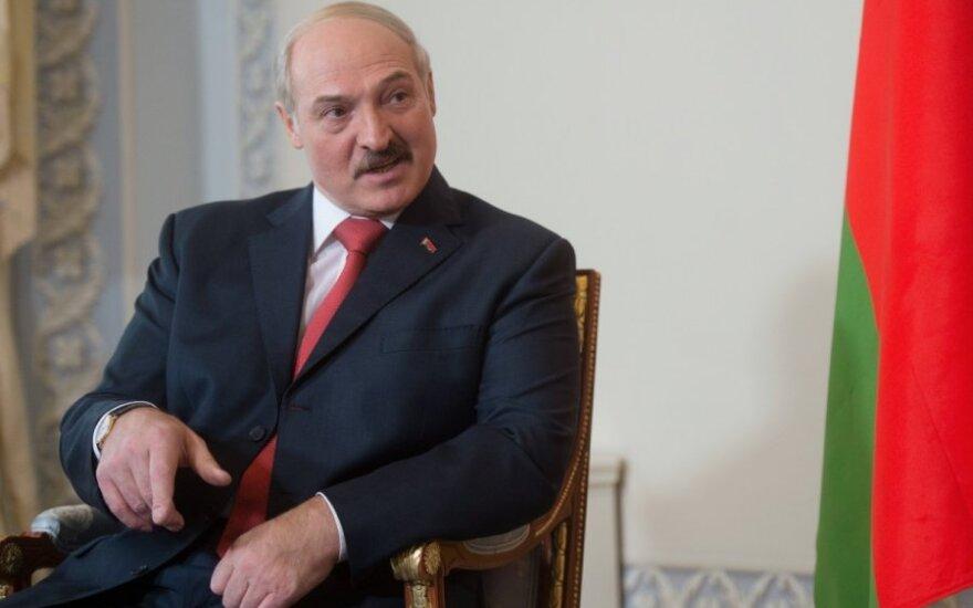 Лукашенко предложит РФ разместить у себя дополнительно до 15 самолетов