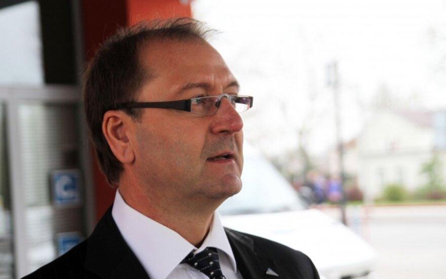 ЕП принял решение лишить Успасских правовой неприкосновенности