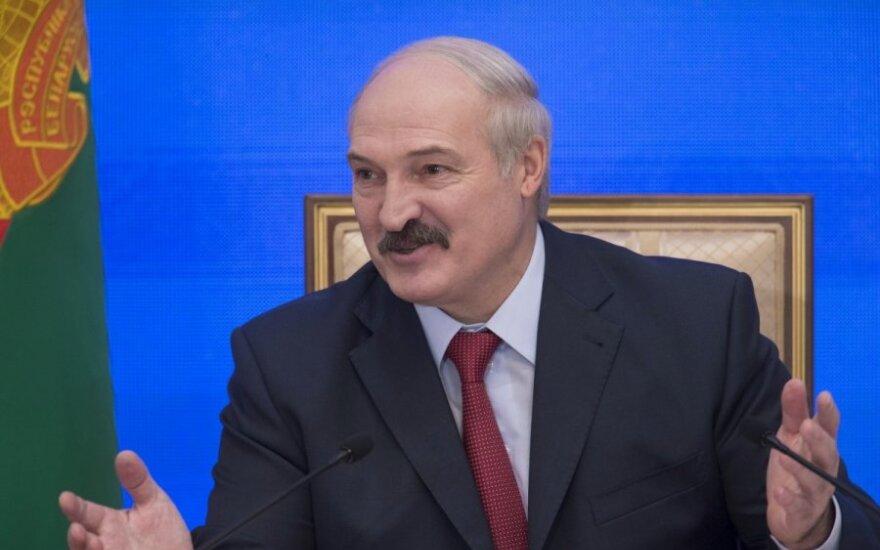 Лукашенко: придем к тому, что разово придется на 30% девальвировать валюту