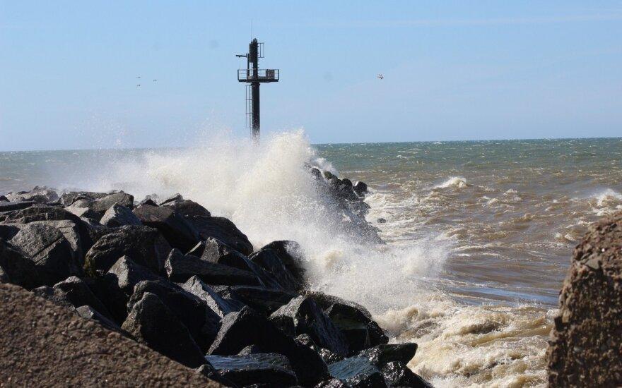 Погода: порывы ветра в Литве достигнут опасной силы