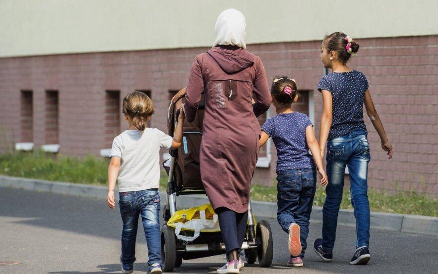 Около 5000 беженцев прибыли в Сербию из Македонии