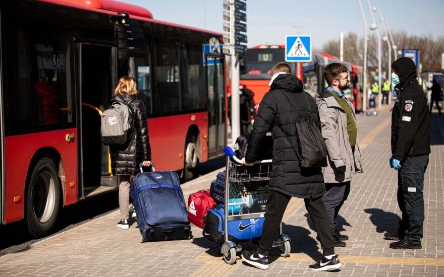 Вернувшихся в Литву из-за границы отпускают из гостиниц домой