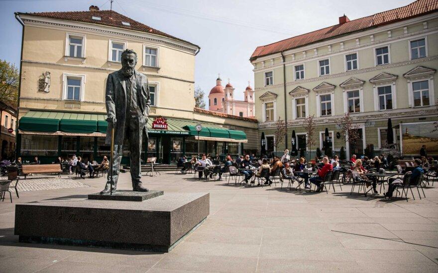 Как в Литве будут работать рестораны и кафе: за столиком не больше 5 человек