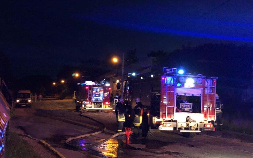 В Вильнюсе горели сараи, на пожарище обнаружено тело