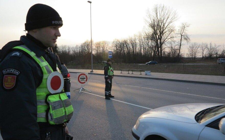 В Каунас в течение суток не впустили 3500 автомобилей