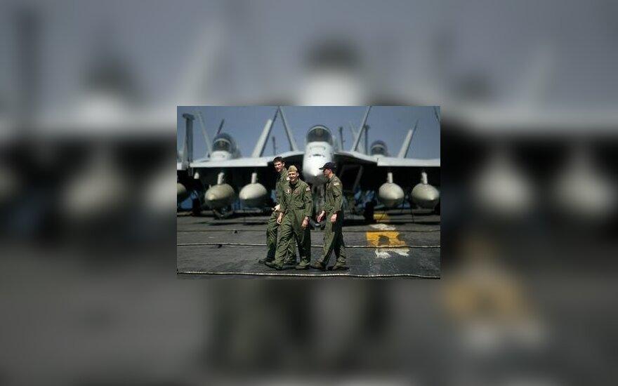 """Lėktuvas """"F/A-18 Hornet"""""""