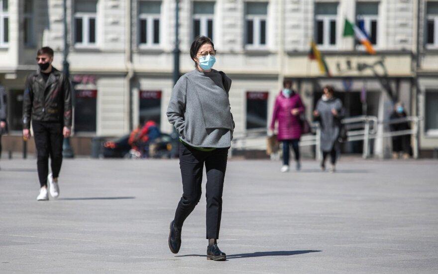Комитет правительства рассмотрит вопрос обязательного ношения масок