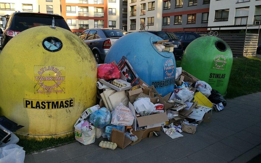 Вывоз мусора: за неделю в Вильнюсе зафиксировано 240 нарушений, компаниям назначают штрафы