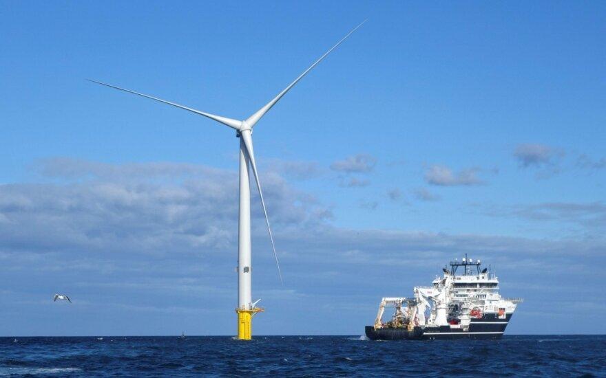 Vėjo jėgainės jūroje