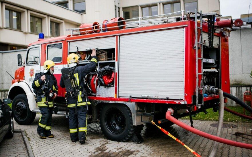 Вслед за учителями протестовать намереваются литовские пожарные