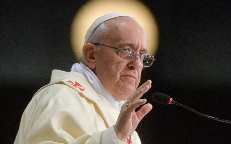 Папа Франциск: 2% католических священников - педофилы