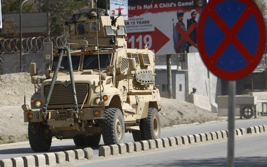 НАТО договорился о вывозе техники из Афганистана
