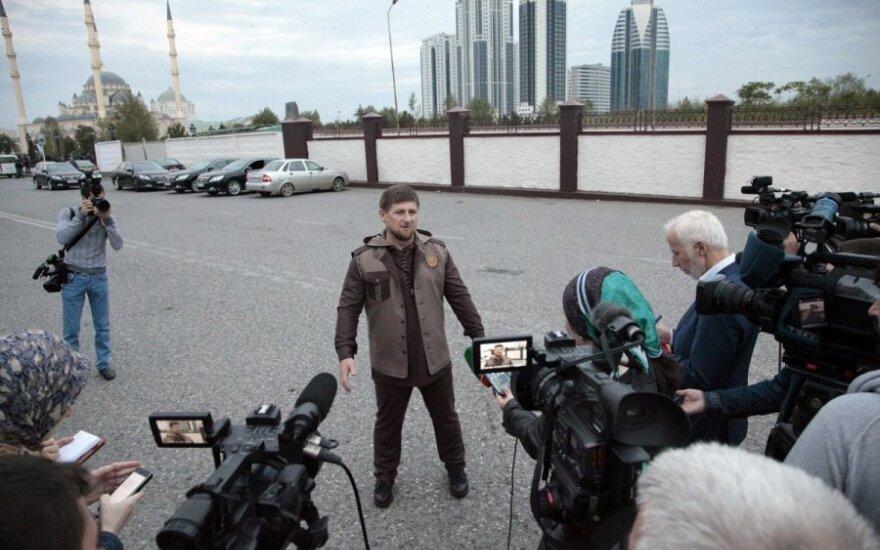 Ramzanas Kadyrovas komentuoja Čečėnijoje susisprogdinusio mirtininko išpuolį