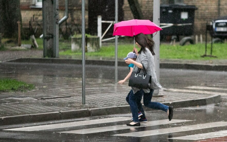 Погода: дожди уходить не собираются