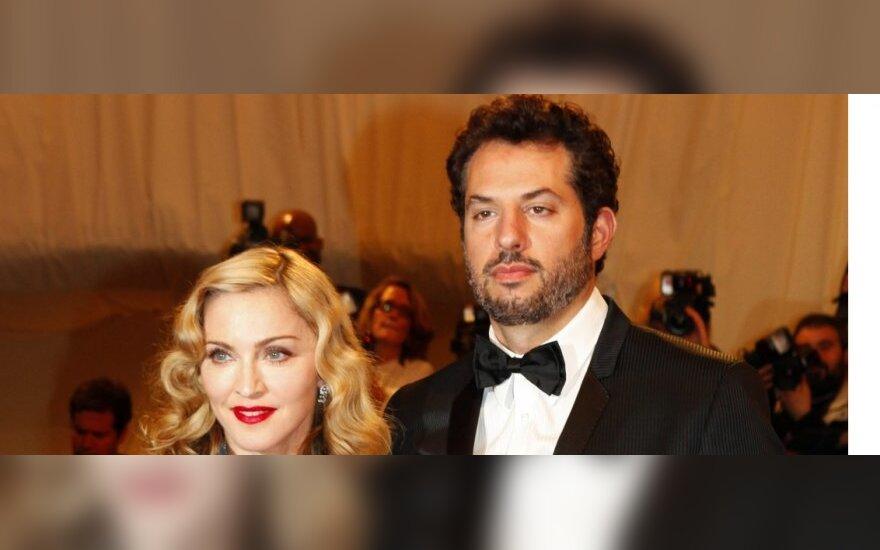 Madonna ir Guy Antrasis - Guy Oseary. Vien jos vadybininkas ar kažkas daugiau?