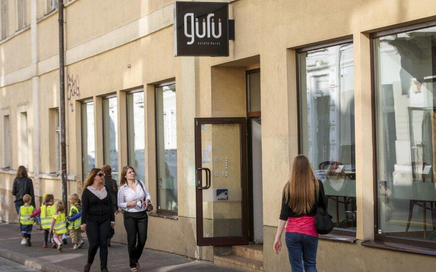 Началась битва за известное кафе: пропали декларации, появились известные фамилии