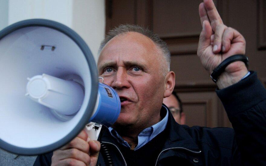 Белорусский оппозиционер зовет на конгресс без гэбистов и коммунистов