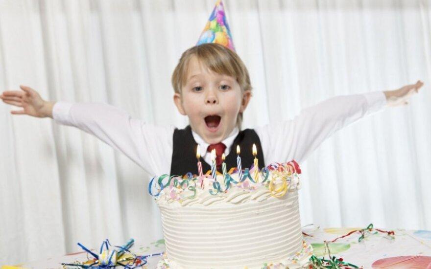 Musi zapłacić karę, bo nie przyszedł na urodziny do kolegi