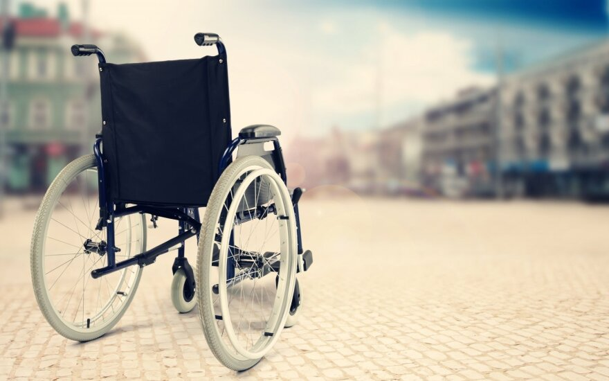 Премьер Литвы не видит оправданий тому, что вагоны так и не адаптированы для инвалидов
