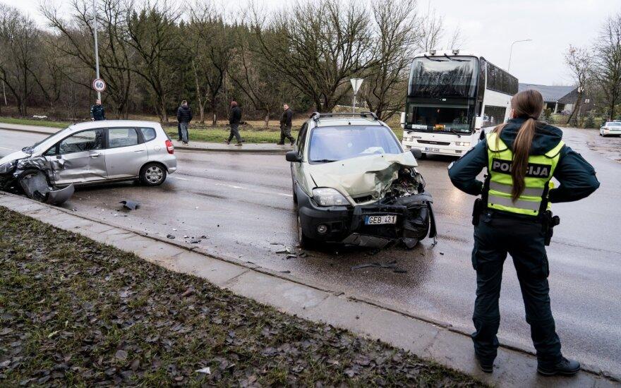В Вильнюсе в ДТП пострадали два водителя