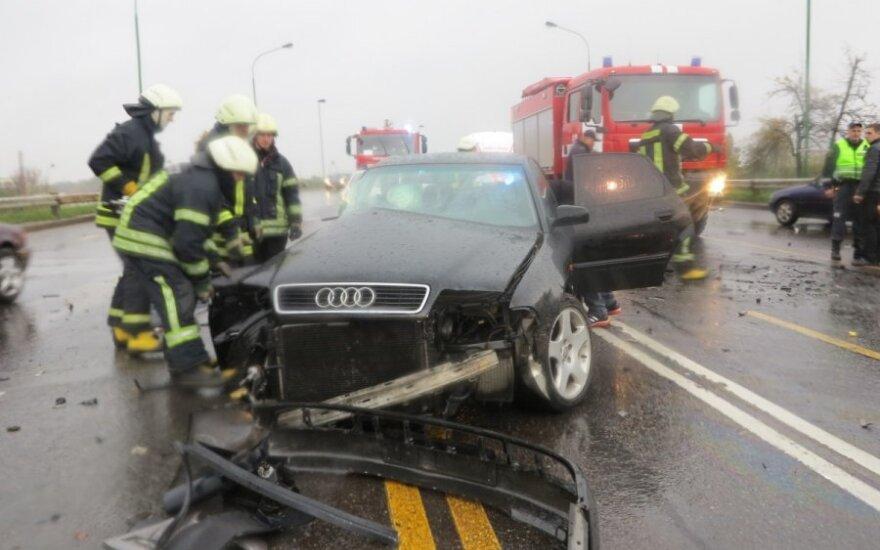 Авария в Клайпеде: в больницу доставлены пять человек
