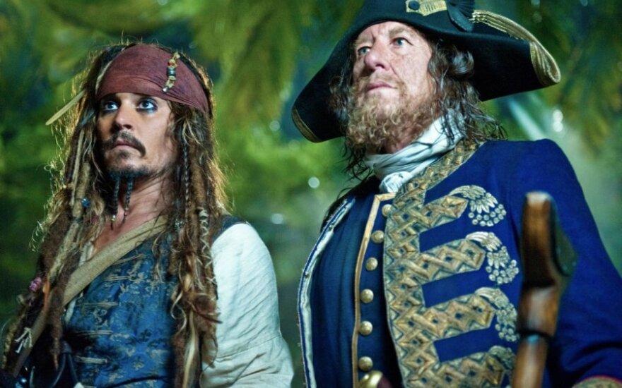 """""""Karibų piratai: ant keistų bangų"""""""