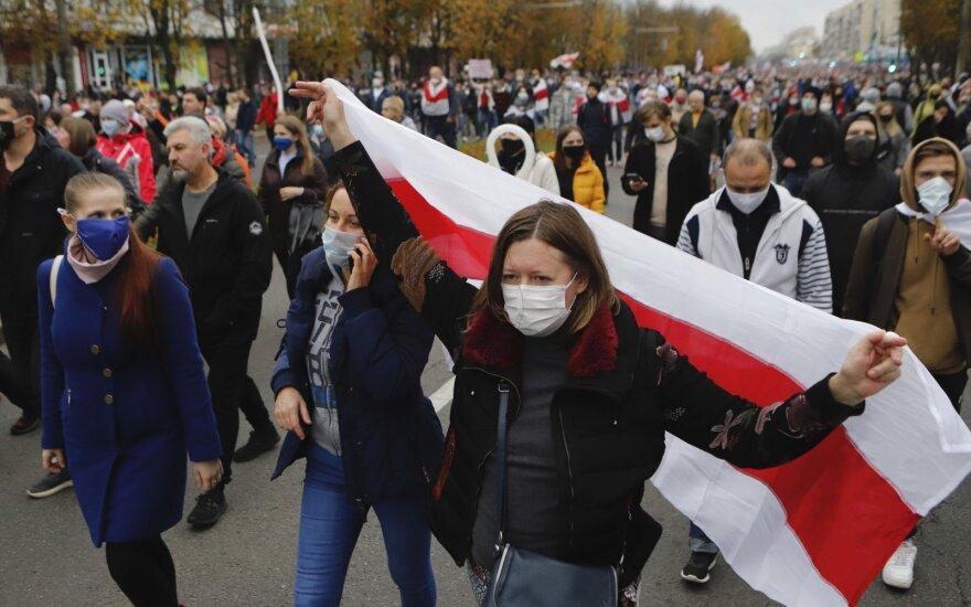 Беларусь: в Минске начались задержания протестующих, применены светошумовые гранаты