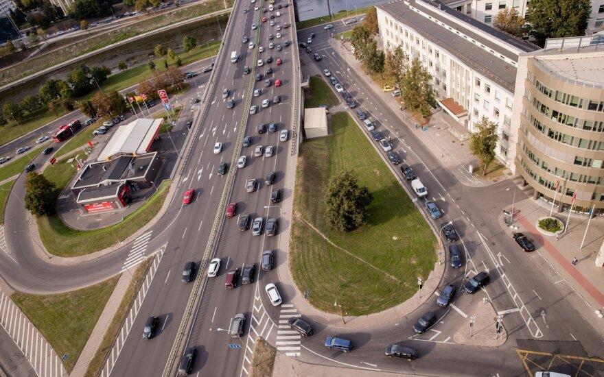 Вильнюс снова сковали заторы: сообщается о 15 заторах
