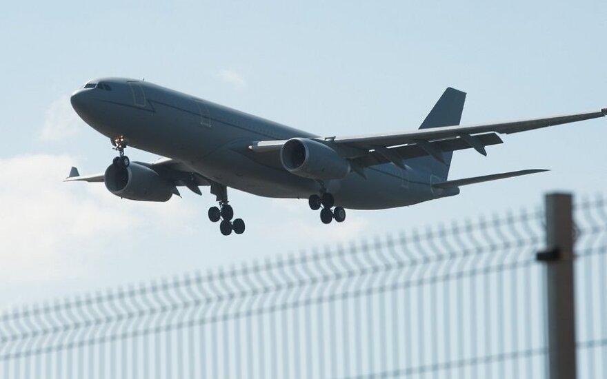 В Таллине сел топливный заправщик ВВС Британии Airbus Voyager