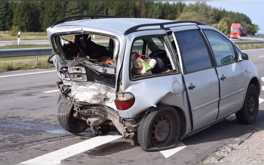 ДТП на дороге Вильнюс-Клайпеда: пострадали 6 человек