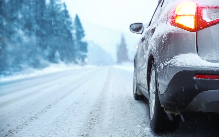Automobilis žiemą
