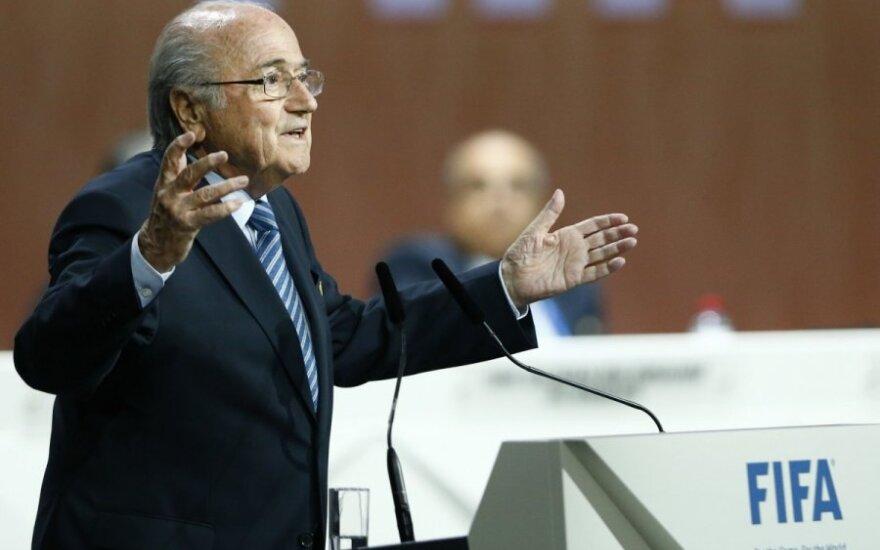"""Блаттер о компании УЕФА против него: """"Я прощаю всех, но не забываю ничего"""""""