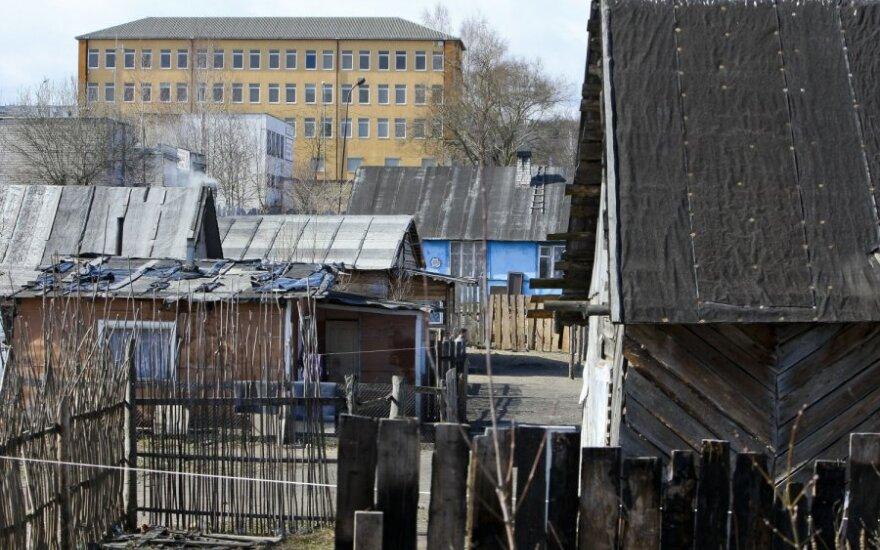 В вильнюсском цыганском таборе в 30 домах отключили электричество
