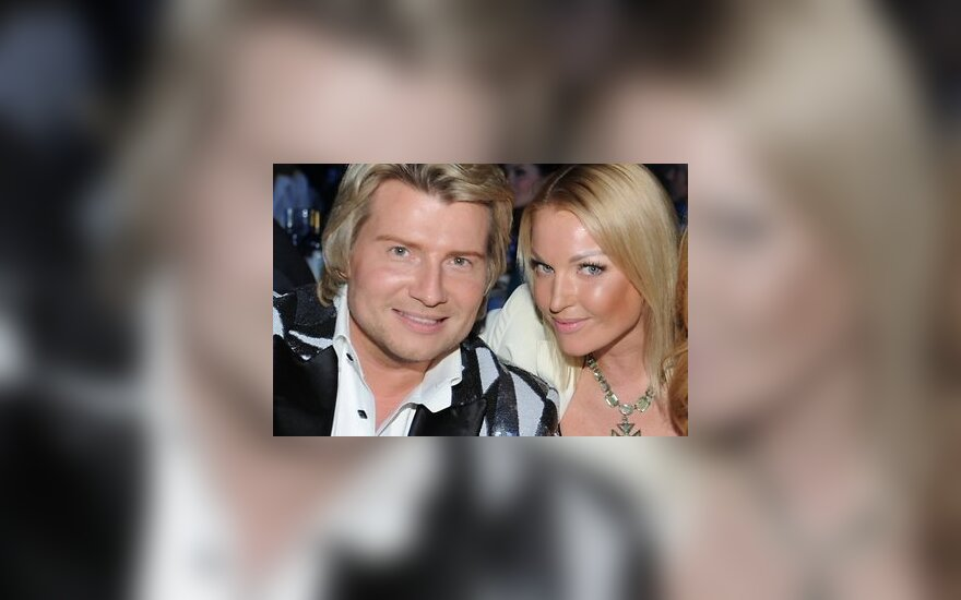 Волочкова хочет женить Баскова на дочери
