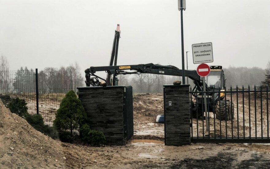 Бизнес как в лихие 90-ые: на берегу одного из красивейших озер Литвы предлагают участки земли, которых пока нет