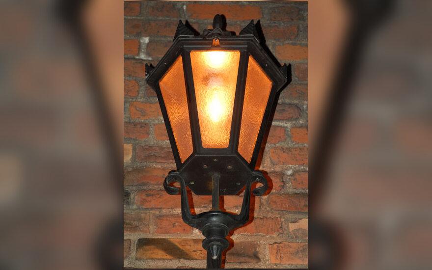 Žibintas, šviesa, apšvietimas
